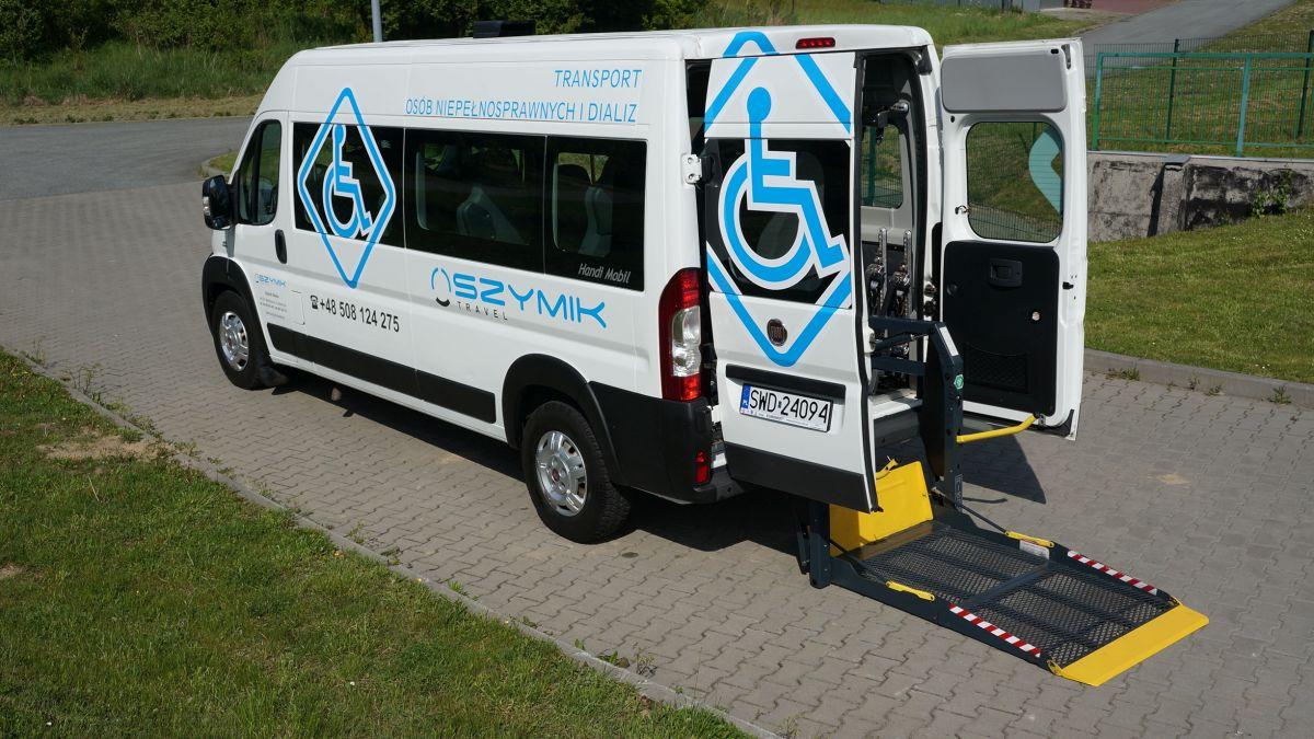 W Ultra Flota : Przewozy autokarowe, busy, autobusy, wycieczki autobusowe ZZ54